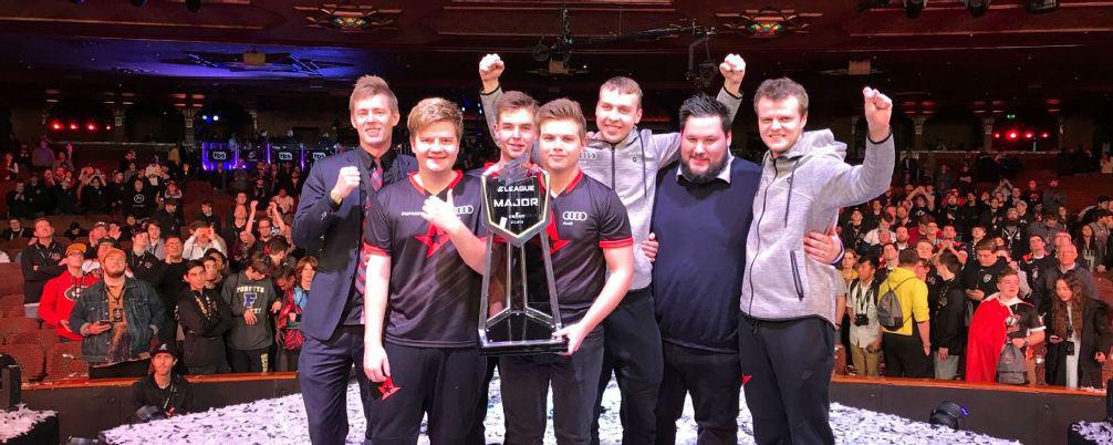 esport_trophy_ESL-sbobet